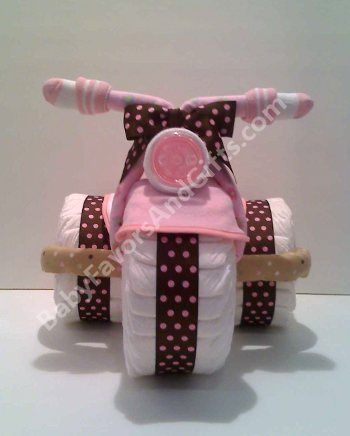 Baby Girl Diaper Cake I could turn this into a boy one just use blue ribbon!