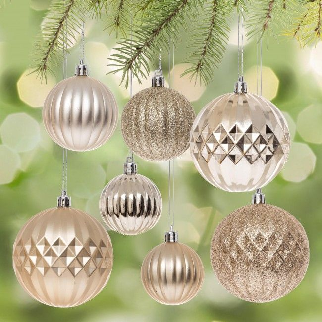 Decorate your tree with these classic Christmas ornaments. Perfect for creating an traditionally decorated tree or using as a base ornament with your fun and stylish accent ornaments.