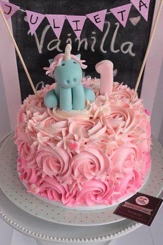 Torta Unicornio Rosas