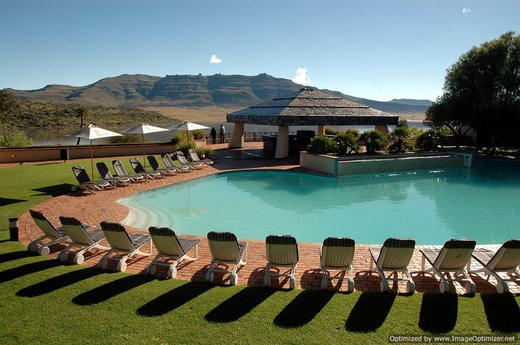 Leisure and sporting facilities include a spa, solarium, sauna, children's entertainment, sundowner cruises, game drives, fishing, water sports, horse riding and much more.
