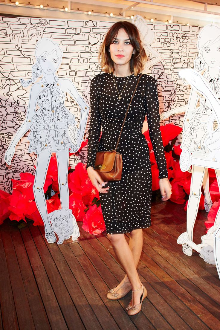 street style, fashion, Alexa Chung, polka dot, pretty dress, red, Bob, hairstyle