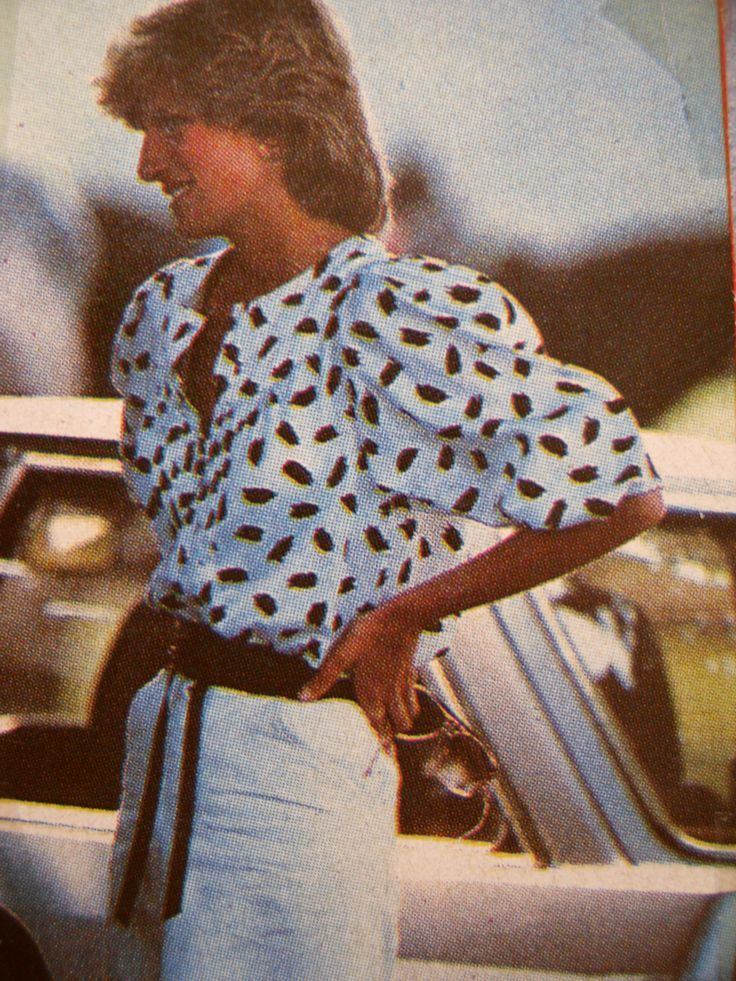 .Princess Diana in black and white -- this photo is on the cover of one of my books about her. Such a '90s look ...