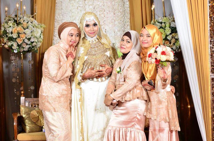 With my Bridesmaids ❤️❤️ #bridesmaid