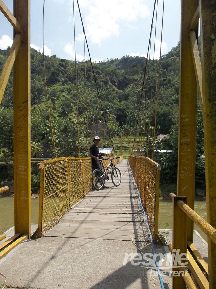 Jembatan Gantung Selopamioro, Imogiri