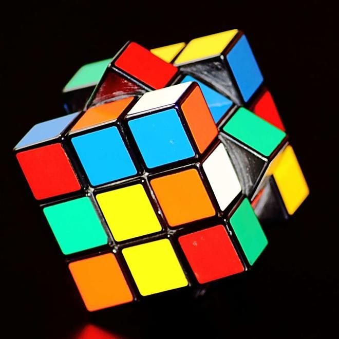 Intelligence Artificielle Fond Ecran Iphone Photo De Classe Rubik S Cube