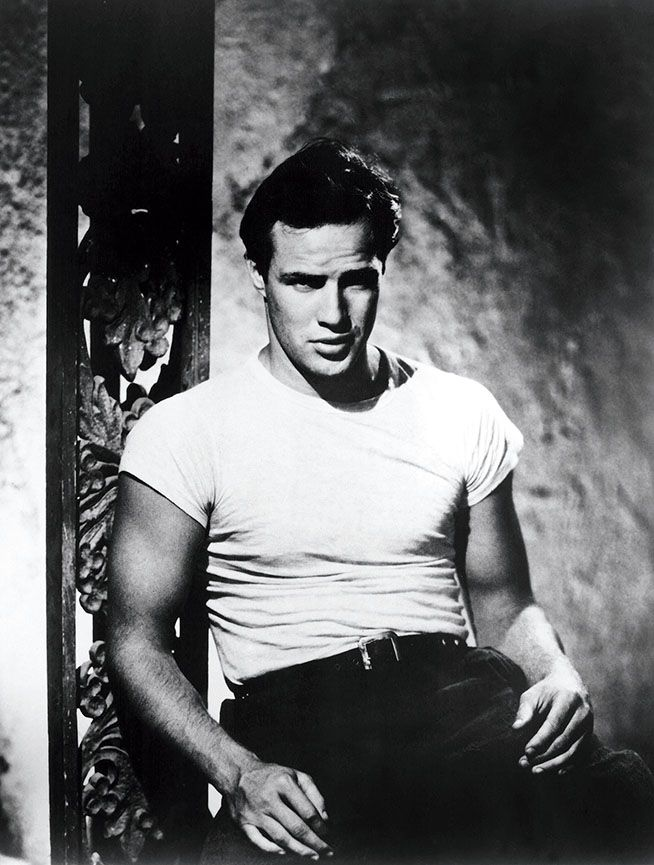 https://www.jabbercast.com/episodes/827391?channel=pinterest&campaign=bestofyoumustRT You Must Remember This: Marlon Brando 1971-1973 This is the story of how, with two movies shot in 1971, Marlon Brando turned his career around, spent his regained celebrity capital on an act of social activism, and put Hollywood's culture of self-adoration in its place.