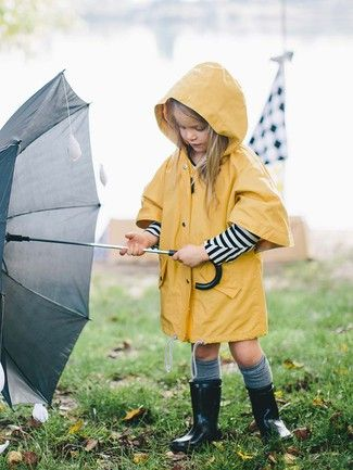 Comfy raincoat for kids, yellow, sewing pattern by burda style