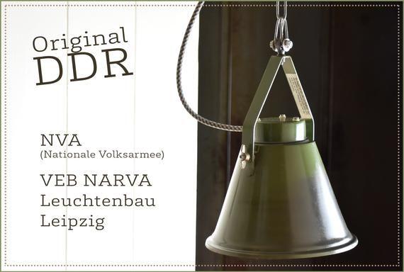 Industrielampe Nva Lampe Ddr Volksarmee Industrielle Deckenleuchte Deckenlampe Ddr Industrial Lamp Ceiling Lamp Antique Lighting