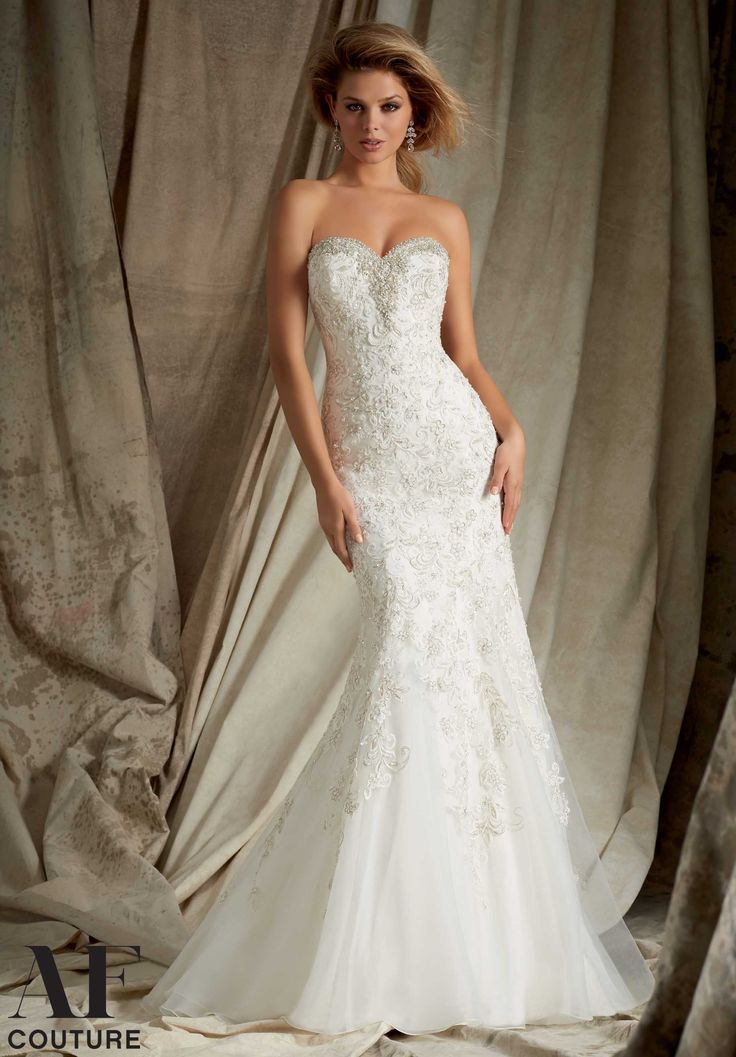 1328 Wedding Gowns / Dresses Swarovski Crystal Beading and Embroidery on Net