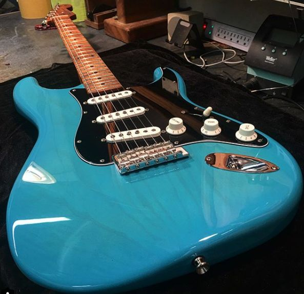969 best Guitars images on Pinterest | Electric guitars, Custom ...