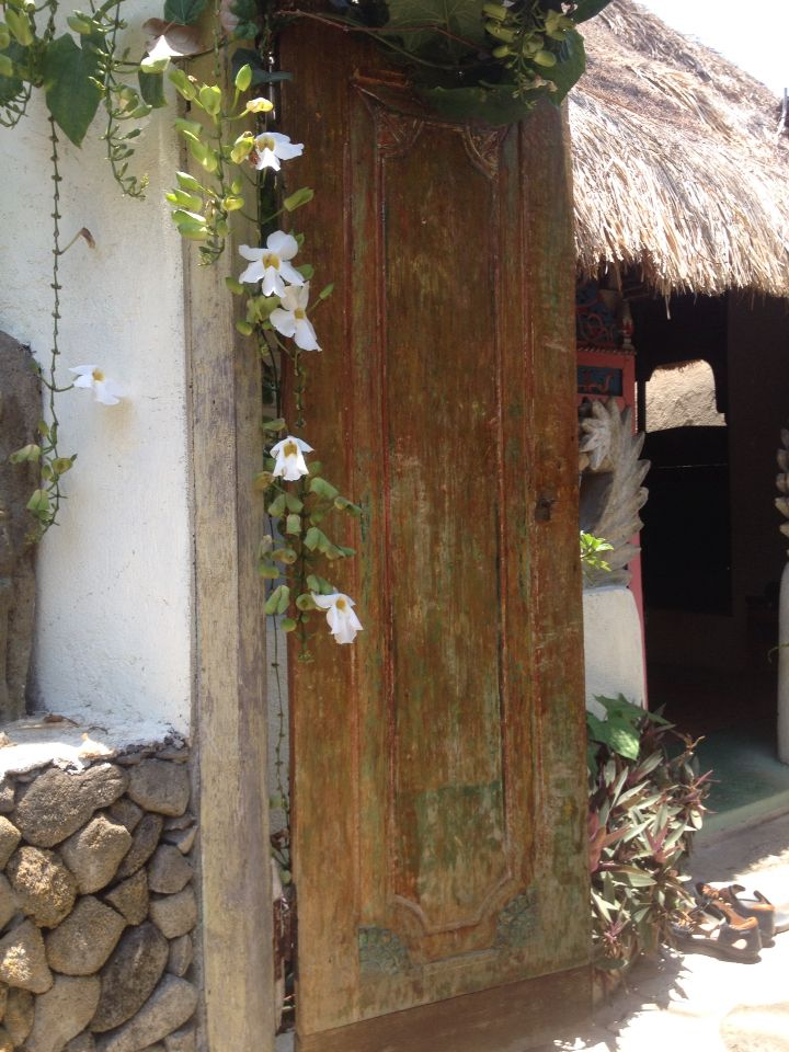 Temple lodge reclaimed Wood Bali
