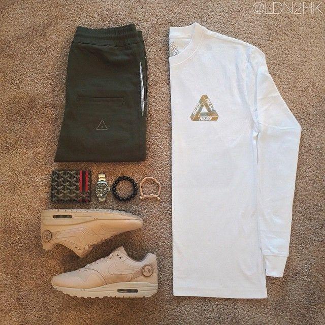"I Loveugly Joggerpants // Palace Skateboards ""marble"" tee // Godard Wallet // Rolex // Lustlimited bracelet // Nike AirMax1 Patch"