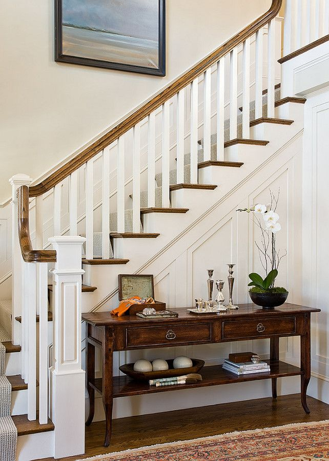 Best 20 foyer staircase ideas on pinterest beach style for Foyer staircase ideas