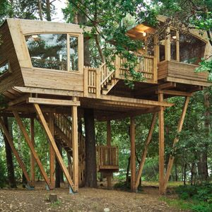 Almke Treehouse by #Baumraum #treehouse #luxuryhomes #lifestyle