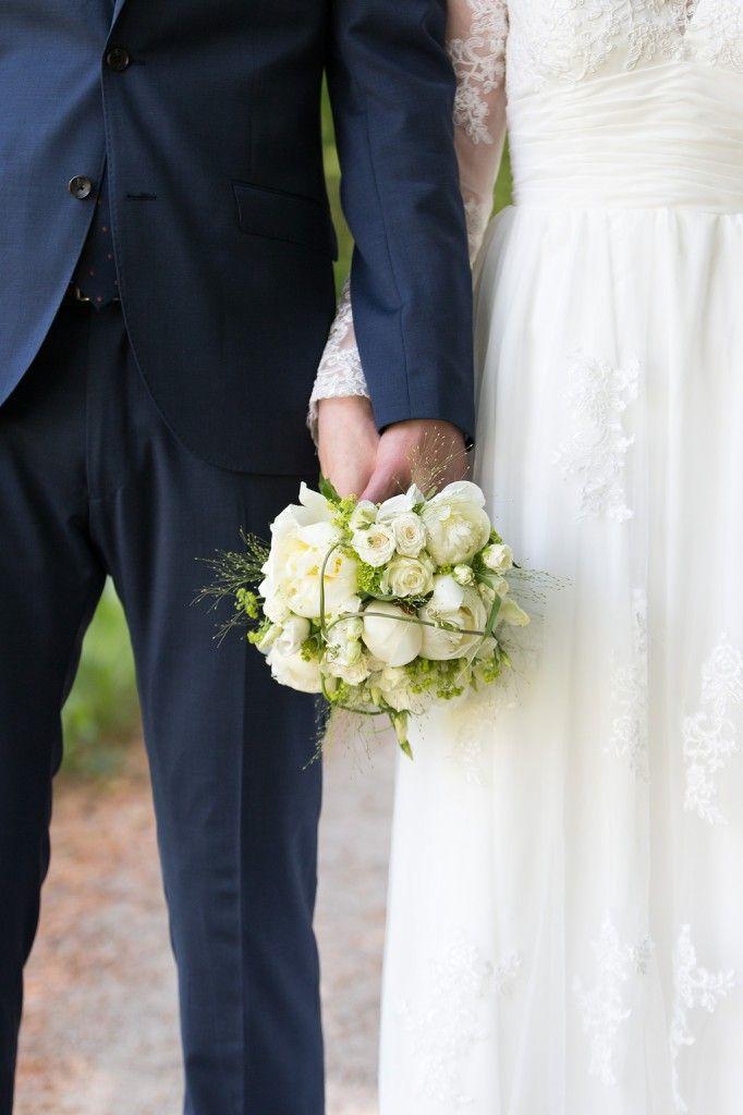 bröllop brudbukett bröllopsfoto bröllopsfotograf