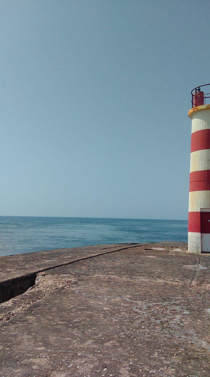 Ilha Deserta, Faro