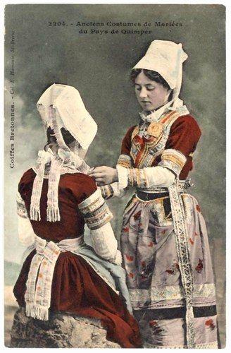 Jeunes femmes de Quimper - robes de mariées