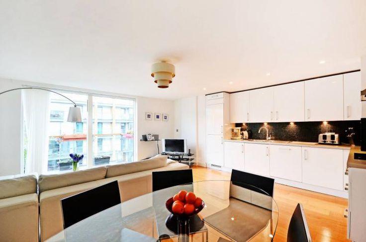 London Apartments: Regents Canal