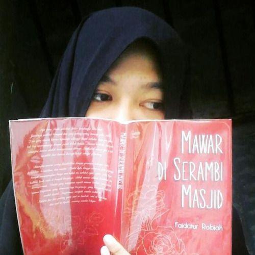 From @melasudiana -  Mawar Di Serambi Masjid by #faidaturrobiah... IFTTT Tumblr