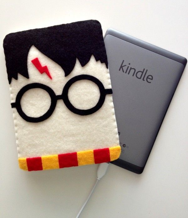Harry Potter eBook cover ... I would prefer this was a nook over a Kindle...but oh, do I love Harry Potter!