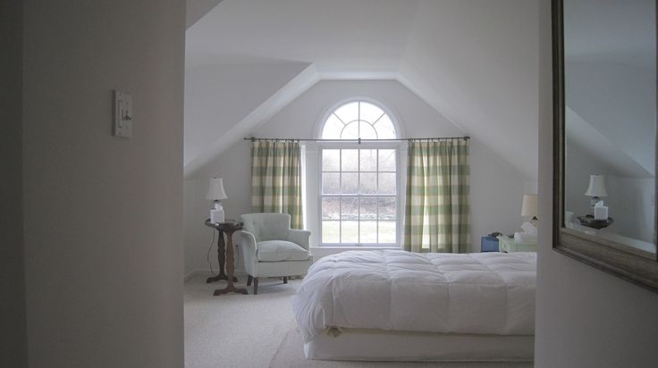 Benjamin Moore White Opulence 879 On Walls Color