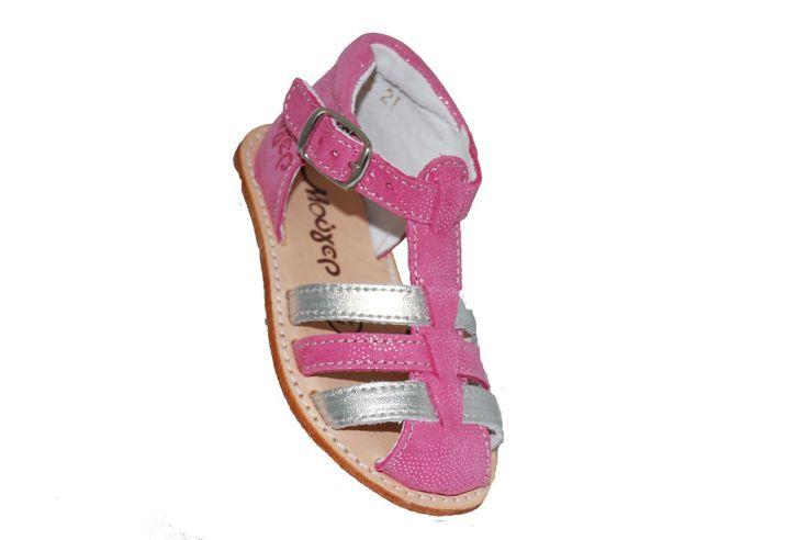 #FirtsSteps #footwear Παπουτσοπέδιλο δερμάτινο Μούγερ, φούξια/ασημί, με δερμάτινο πάτο. www.mouyer.gr/…/…/collections/season2015S/itemA12042-5711-23