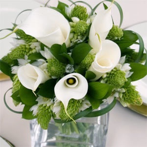 12 Centerpiece - Wedding Flowers - Calla Lily / Star of Bethlehem - White / Green - Bridesign.com