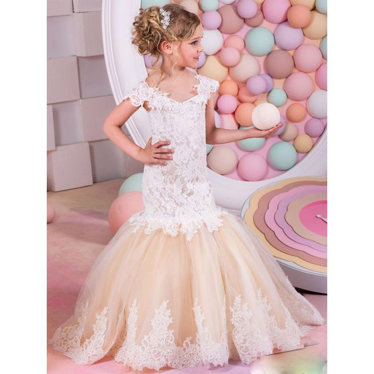 Find More Flower Girl Dresses Information about 2017 Mermaid Arabic Flower Girl Dresses for Wedding Tulle&Lace Champagne Baby Girl Communion Dresses Children Girl Pageant Gown,High Quality arabic flower girl dress,China girl communion dress Suppliers, Cheap communion dresses from Suzhou Wedding Love Store on Aliexpress.com
