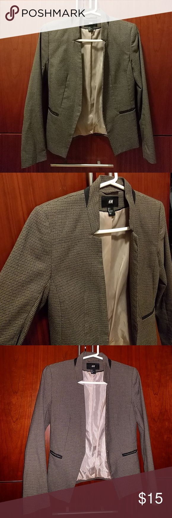 H&M brown plaid jacket blazer It's like a light brown jacket with a plaid light design. Cute cut out at neck area H&M Jackets & Coats Blazers