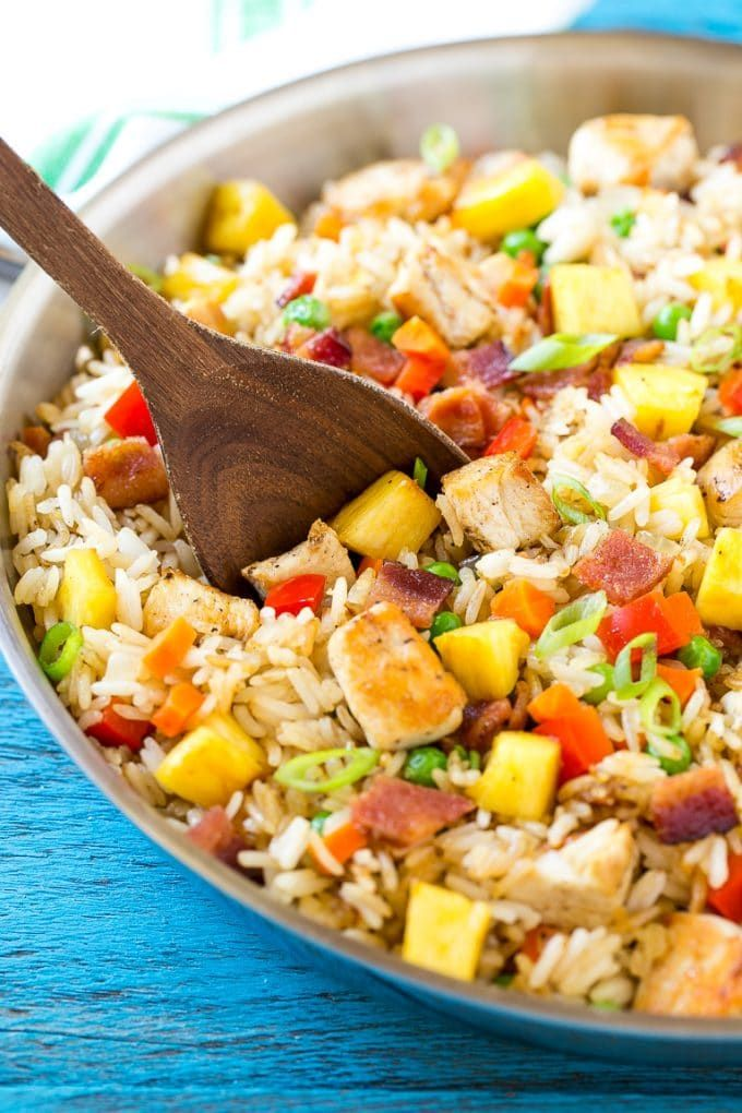 Pineapple Fried Rice via @dinneratthezoo