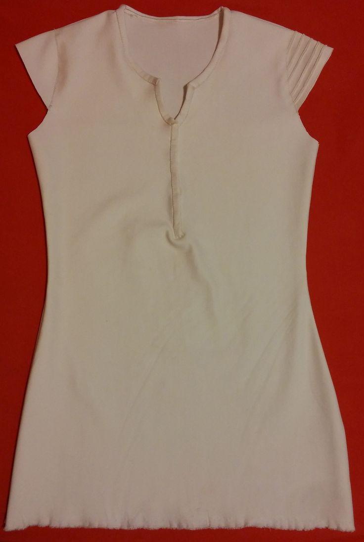Inner tunic Sheila.jpg;  2259 x 3364 (@17%)
