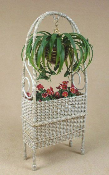 Arbor Plant Stand.