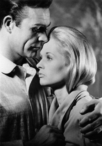 """Tippi Hedren and Sean Connery in """"Marnie"""" (1964). COUNTRY: United States. DIRECTOR: Alfred Hitchcock."""