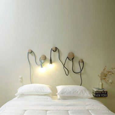 Fabriquer une tête de lit lumineuse avec paterre et lampe baladeuse