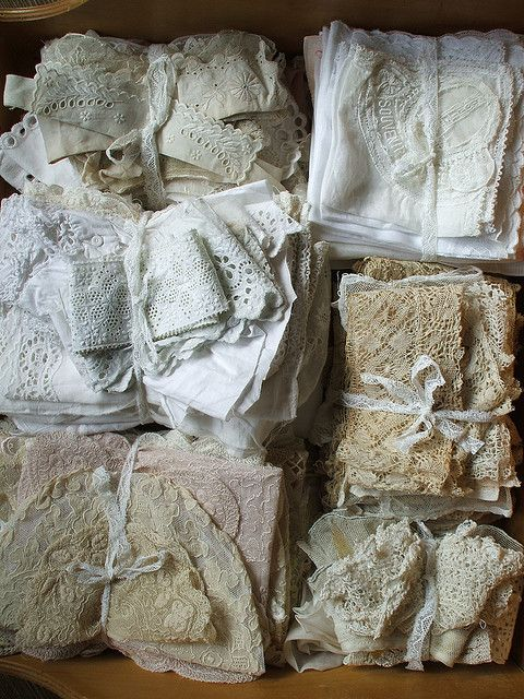 Beautiful collection - old laces & linens: