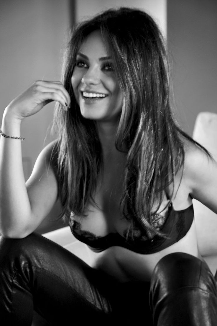 Mila Kunis sooo beautiful