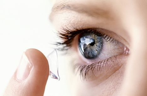 Buy Best and Easy Weekly or Monthly Disposable Colored Contact Lens from shopeastwest.    http://www.shopeastwest.com/lens/