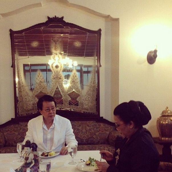 Young Baek Ming, Founder of APSDA and Lea A. Azis General Secretary APSDA having dinner at Mangkunegaran Royal Palace on #APSDAday2