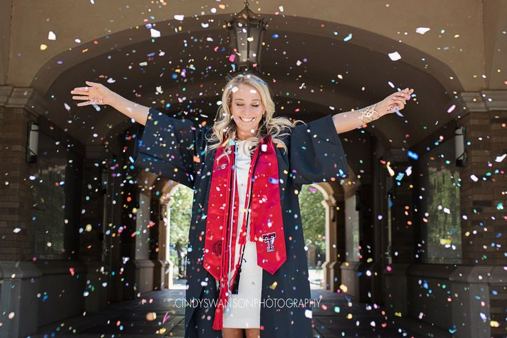 College Senior Portraits | Senior portraits with confetti | Texas Tech University senior graduation portraits