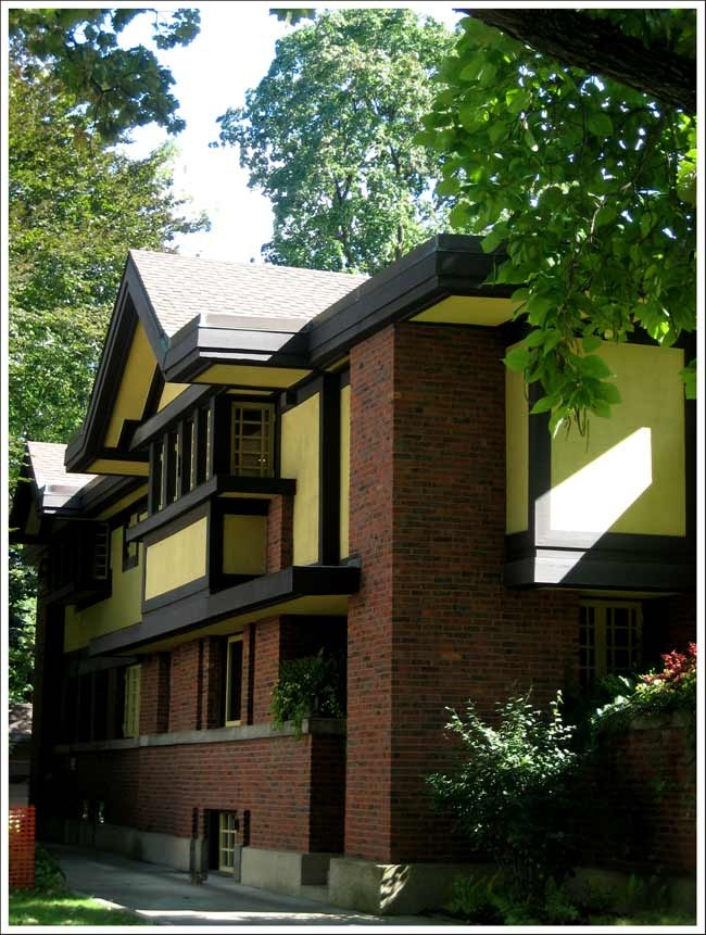 Peter A. Beachy House | Oak Park, IL. - Frank Lloyd Wright