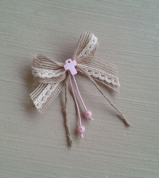 Μαρτυρικά με ροζ φίλντισι σταυρό και λινάτσα