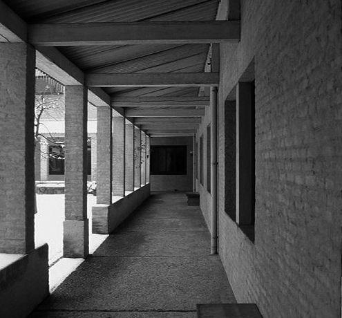 Priorij Emmaus Maarssen | arcade courtyard