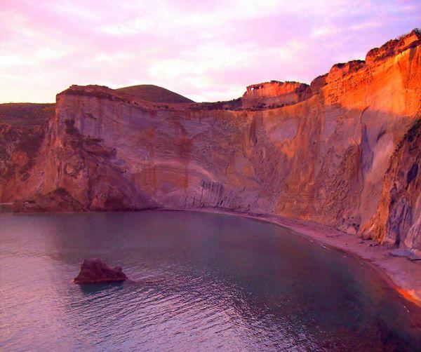 Anthology Magazine   Travel   The Pontine Islands