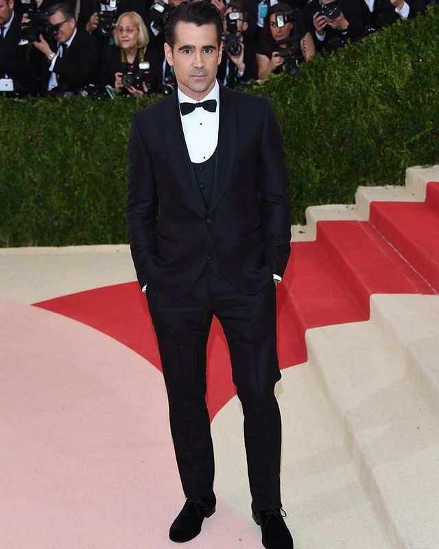 Colin Farrell wearing Dolce&Gabbana to the 'Manus X Machina: Fashion in an Age of Technology' Costume Institute Gala at the Metropolitan Museum of Art on May 2, 2016 in New York, NY. #metgala #dgcelebs #thefirstmondayinmay #manusxmachina