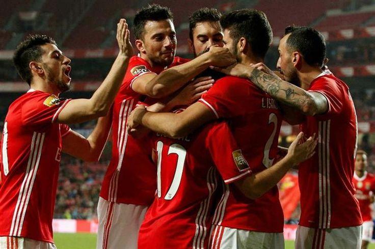 O Benfica recebeu o Vizela, esta noite de terça-feira, para mais um jogo do Grupo D da Taça da Liga. Veja aqui os principais lances do jogo.