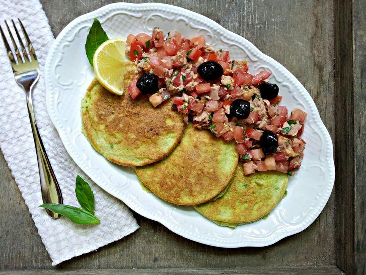 Avokádové smaženky a tuňákový salát s bazalkou (paleo, whole30)