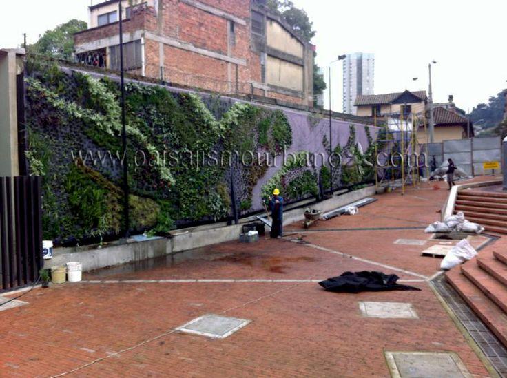Jardín Vertical en la Universidad de los Andes, Bogotá, Colombia.