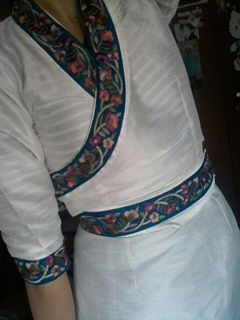 tibetan dress. chupa