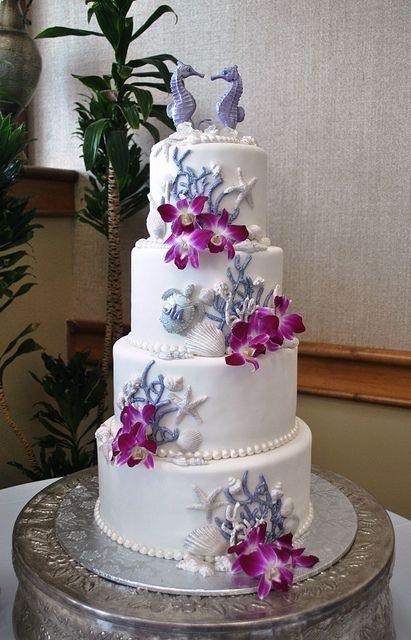 Beach Wedding Inspiration: Purple and white wedding cake