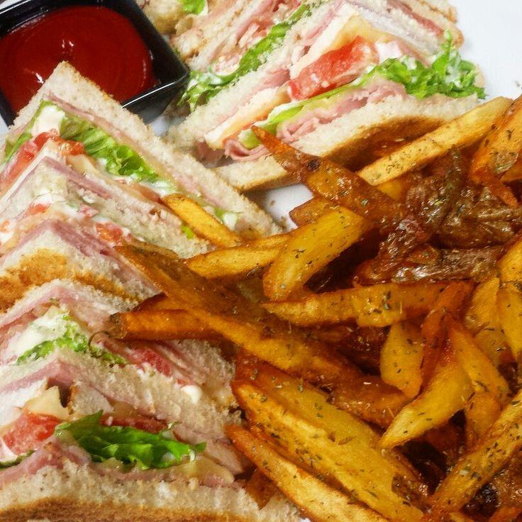 #club_sandwich #patatoes #homemade #sandwich #cook #cookingtime